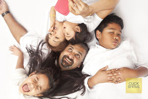 candid-family-portraits-bangalore
